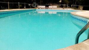 zwembad villa marsi