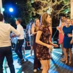 Villa Marsi dansen tijdens feestavond