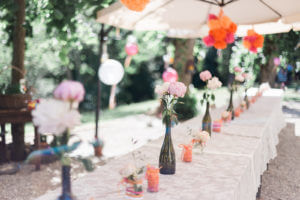 Voorbereiding bruidstafel Villa Marsi