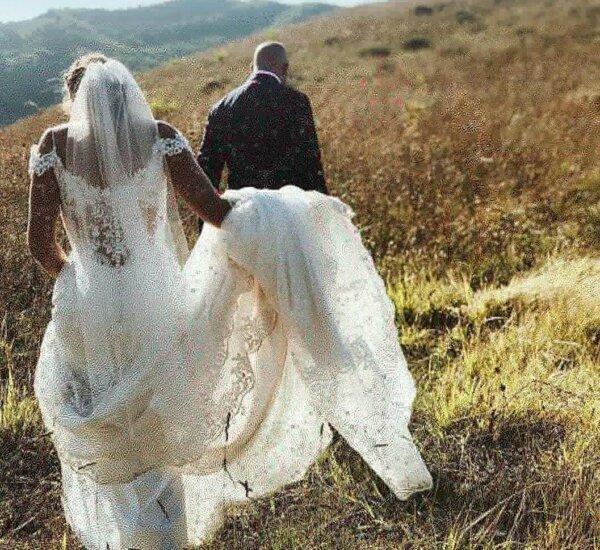 bruidspaar by landgoed Villa Marsi